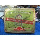 Старая немецкая жестяная сигаретная коробка Atikah-Cigaretten фабрики Delta, Дрезден.
