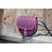 Миниатюрная бордовая кожаная сумочка с тиснением