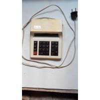 Микрокалькулятор Электроника МК-22 из СССР