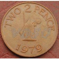 4703: 2 пенса 1979 Гернси