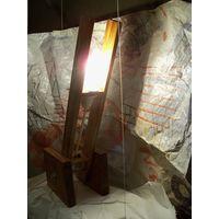Настольная лампа 002