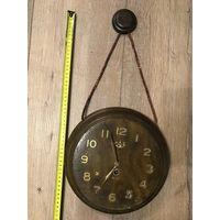 Часы настенные механические