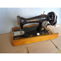 Швейная машинка подольская модель 2М