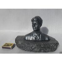С.А. Есенин , бюст  на камне. Литьё силумин. СССР.