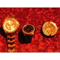 Часы женские  с Кристаллами от Сваровски новые Германия