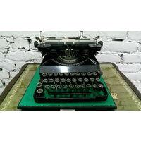 Старинная печатная машинка SENTA , Европа.