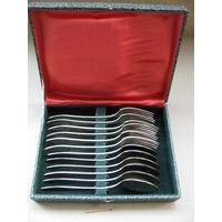 Набор из 12 шт. мельхиоровых столовых (19 см) ложек и вилок в коробке. МНЦ
