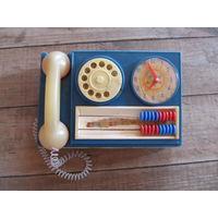 Телефон игрушка