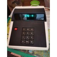 Калькулятор Электроника ЭКЦ1-2