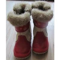 Зимние сапожки Шаговита для девочки. В очень хорошем состоянии (21 р-р бежевые с красным)