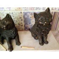 Три статуэтки коты бронза