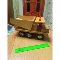 Машинка игрушка БелАЗ СССР, дерево, металл, пластик, редкая, в отличном состоянии с рубля