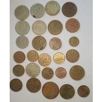 Монеты  26 штук одним лотом
