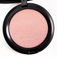 Хайлайтер MAC Extra Dimension Skinfinish Beaming Blush