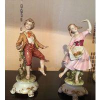 Статуэтка Дети Мальчик и Девочка Каподимонте Италия