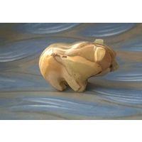 Медведь. Статуэтка из оникса (Статуя. Оникс)