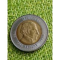 Уругвай 10 песо 2000 г