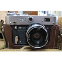 Фотоаппарат ФЭД-3 с чехлом