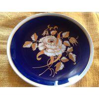 Шикарная тарелка Интерьерная Германия Walendorf 27 см ручная роспись золотом