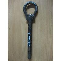 102569 Renault Megane1 буксировочный крюк
