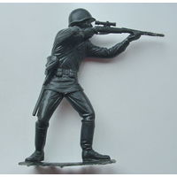 Солдат с винтовкой. ( ДЗИ ).