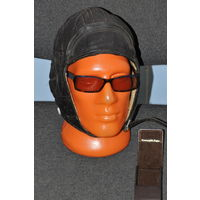 Винтажные солнечные очки знаменитой фирмы в комплекте с родной коробочкой.всё на чётких фото.
