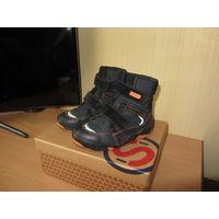 Зимние ботинки для мальчика, размер 32