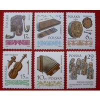 Польша. Музыкальные инструменты. ( 6 марок ) 1983 года.