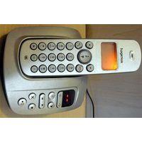 Hagenuk Orca 205 - стационарный радиотелефон с автоответчиком и громкой связью