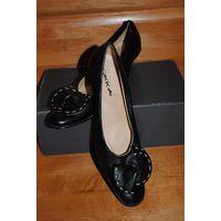 Фирменные женские туфли-OKKA-в вечно ВИНТАЖНОМ стиле РЕТРО,-размер-36,5/ 37-Натуральная кожа, POLAND!