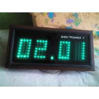 Часы Электроника 7-06М
