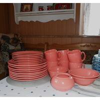 Большой набор посуды 25 предметов. Розовый . Керамика .Красивая посуда для сервировки