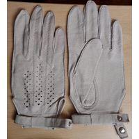 Кожаные женские светло-серые перчатки