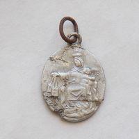 Католический церковный медальон с Божьей Матерью и Иисусом