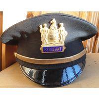 Фуражка полицейского Нью-Йорка.