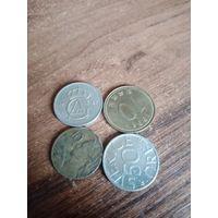 Монеты 99