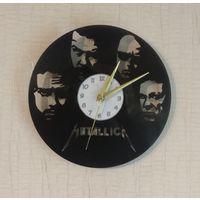 Часы из виниловой пластинки Metallica 25см