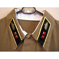 Стилизация формы лейтенанта АБТВ РККА (гимнастерка + галифе + петлицы + наградные знаки).