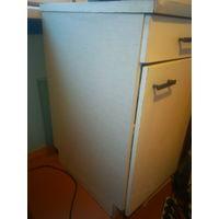 Малый рабочий кухонный стол 40х60х85 см
