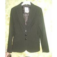 Пиджак чёрный р.46