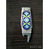 Старый советский сувенирный нож на два предмета изготовлен в СССР семидесятые годы.