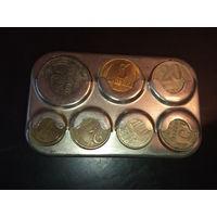 Монетница  полная монет СССР.