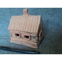 Домик из глины, подсвечник