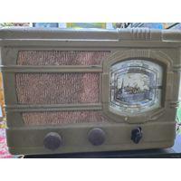АРЗ-49. Трехламповый радиоприёмник.