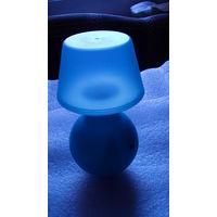 Ночной светильник, голубой на батарейках. распродажа