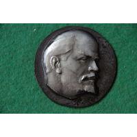 Медаль настольная   В.И . Ленин     6,5 см