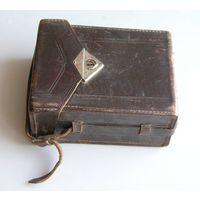 Чехол для довоенного немецкого фотоаппарата типа ФОТОКОР 9х12