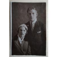Фото мужчины и женщины. 1935 г. 8.5х13 см.