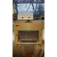 Печатная машинка OPTIMA рабочая.