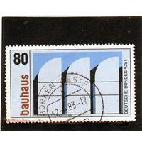 Германия. Ми-1166. Баухаус: 100-летие Уолтера Гропиуса. 1995.